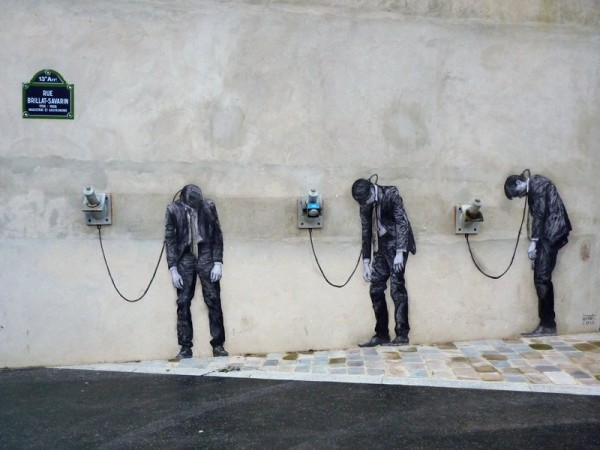 Street-Art-by-Levalet-in-Paris-France-85679546