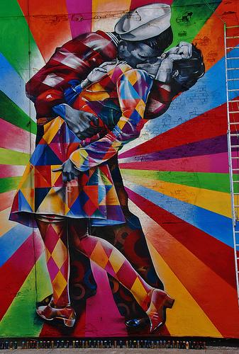 Eduardo Kobra V-J Day mural