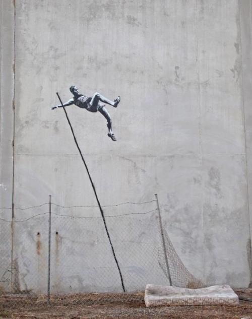 banksy-pole