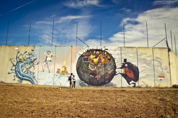 Street-Art-by-NAS-and-DEL-at-DESORDES-CREATIVAS-2012-1